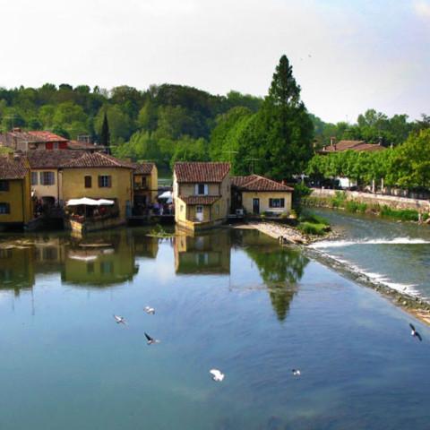800px-Borghetto-sul-Mincio